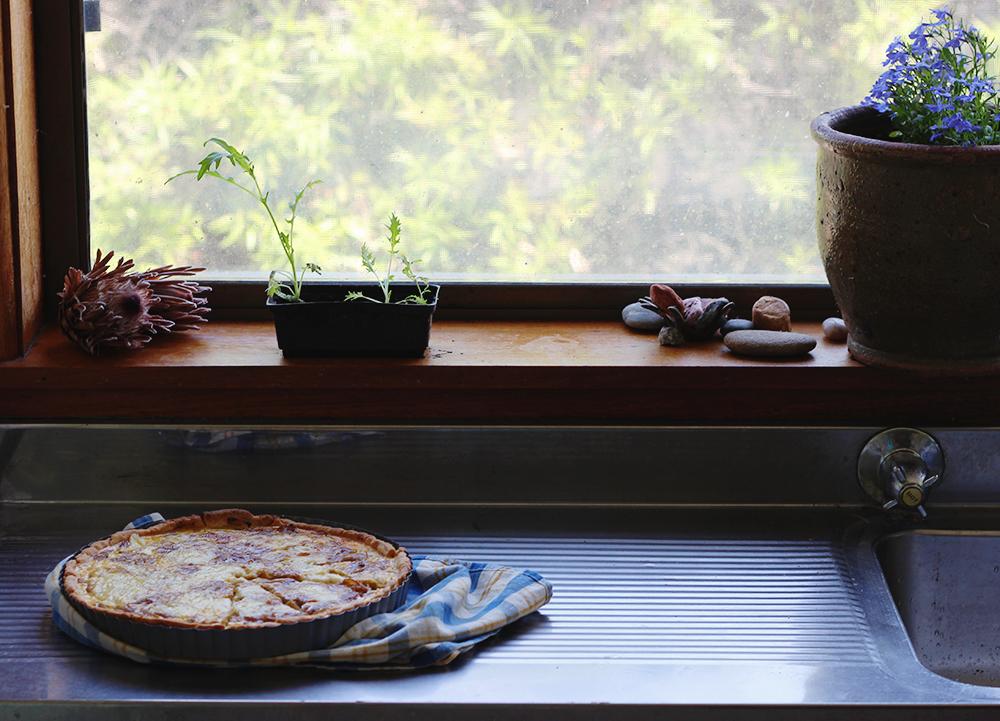 cheddar and onion tart